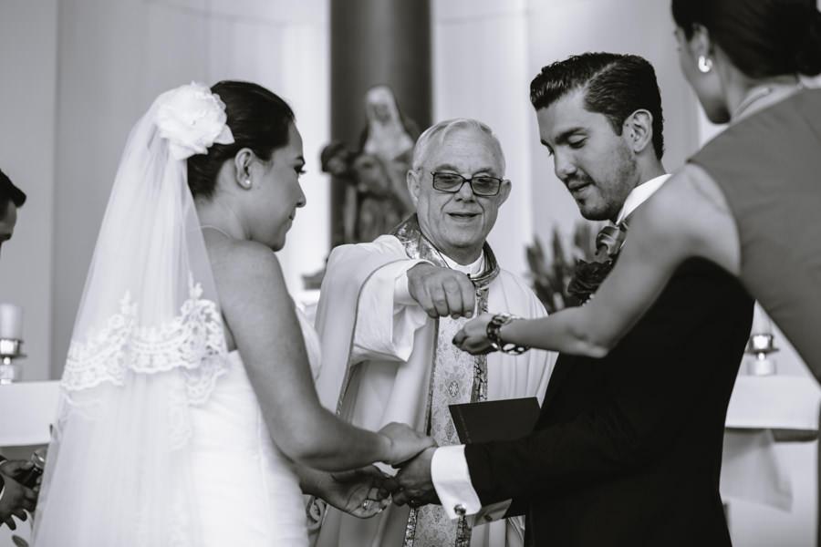 boda en  Nuestra Señora del Camino - martha-carlos-jorge-pastrana-32