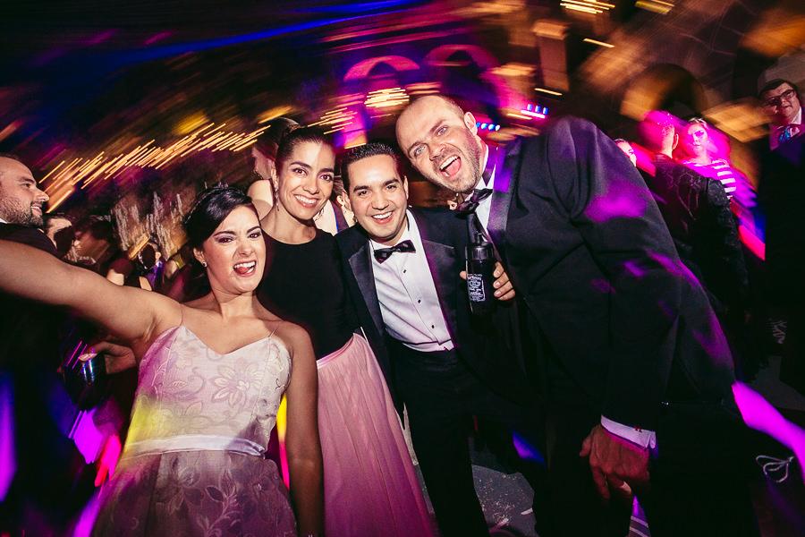 fiesta loca - boda en museo de arte virreinal puebla