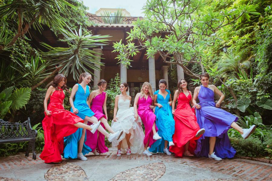 boda en san miguel de allende - damas de honor bailando