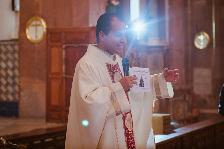 el padre de la Parroquia de San Miguel Arcángel