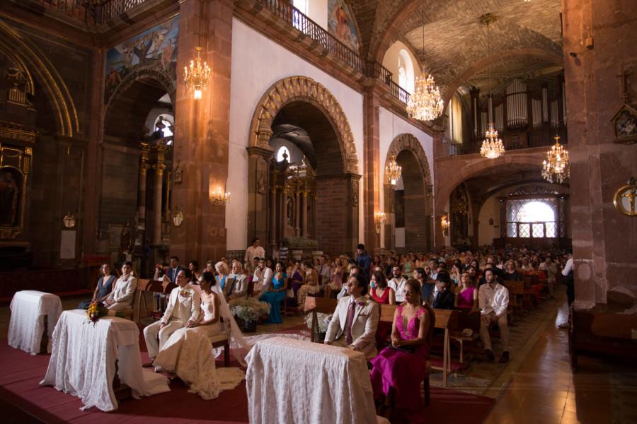 mia en la Parroquia de San Miguel Arcángel