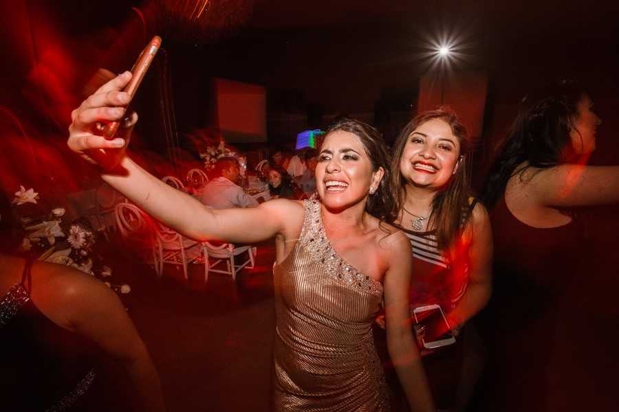 mas selfies