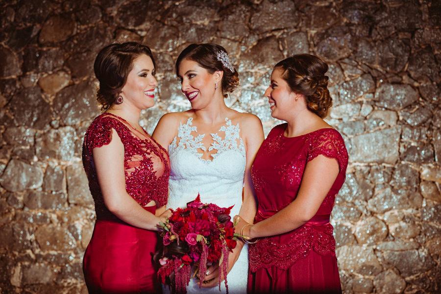 foto de la novia y sus hermanas
